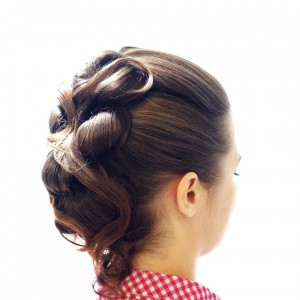 juhlakampaus-HairByM